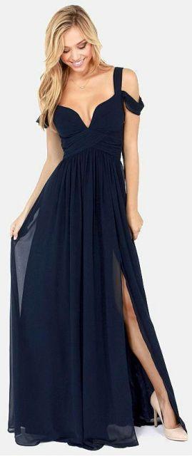 vestido azul marinho com fenda
