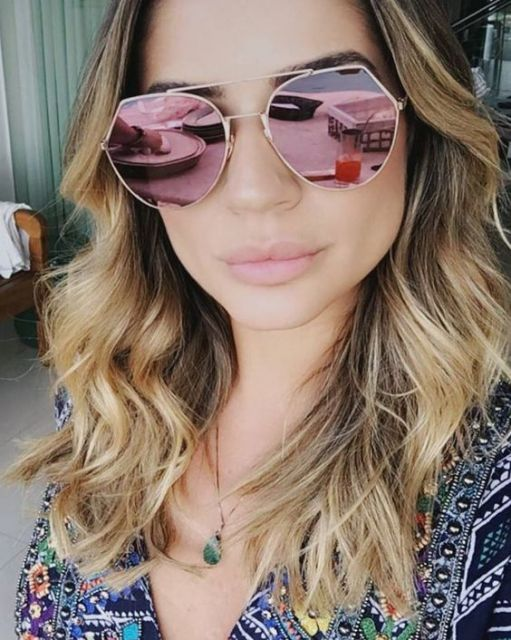 be20b41b174c9 Quer ver nossas sugestões de óculos espelhados com a lente rosa  Dê uma  olhadinha abaixo!