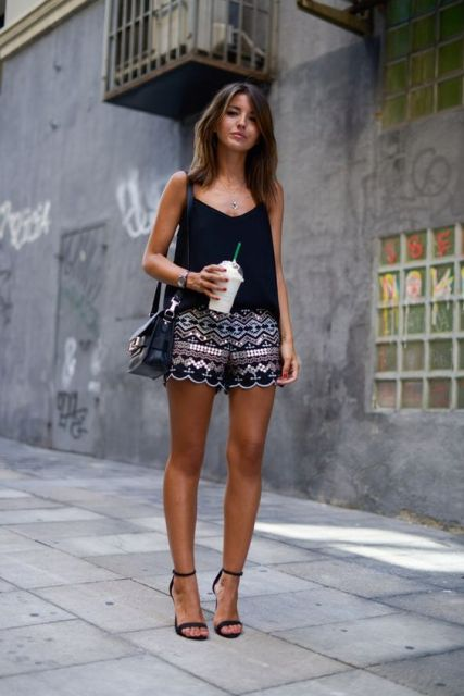 look short bordado