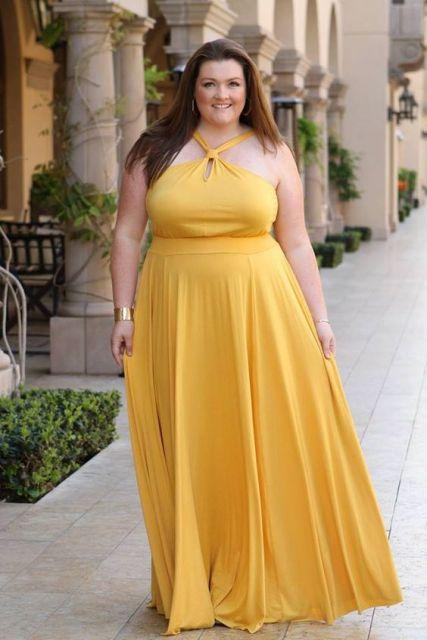 Vestido longo amarelo solto plus size