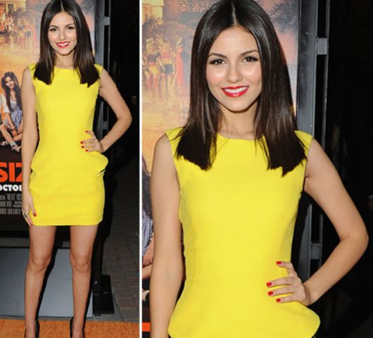 vestido curto amarelo vibrante