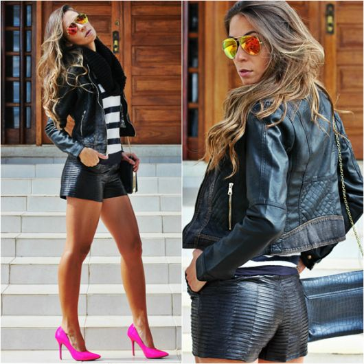 Look com bermuda e jaqueta preta, blusa listrada e sapato rosa.