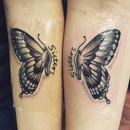 Modelo de tatuagem de borboleta no braço.