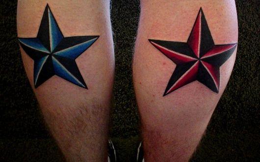 tatuagens de estrelas náuticas na batata da perna