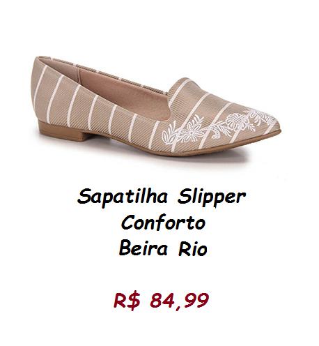 Modelo de sapatilha em tom nude, com listrinhas finas na cor branca, peço preço de 84,99 na loja Passarela.
