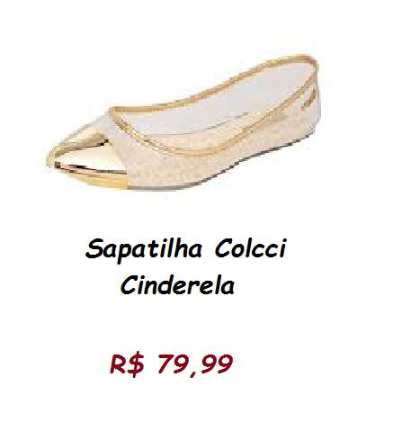Modelo de sapatilha colcci transparente com detalhe dourado claro na ponta.