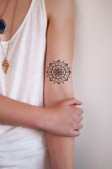 tatuagem feminina braço