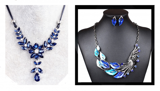 Modelos de colares nas cores de azul marinho com brilhantes.