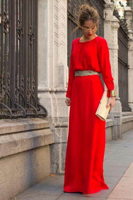 vestido de festa vermelho com manga longa