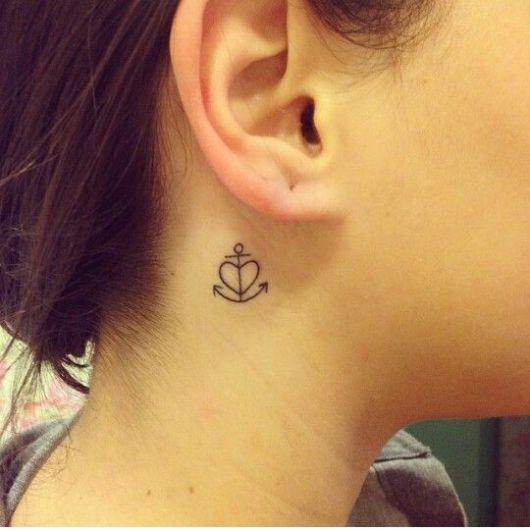 Tatuagem de ancora com coração.