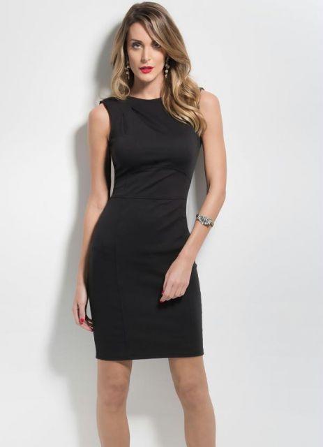 Vestido social preto simples
