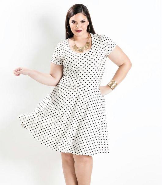 effc77110 63 Looks Incríveis com Vestido de Bolinha / Poá para Ficar na Moda!