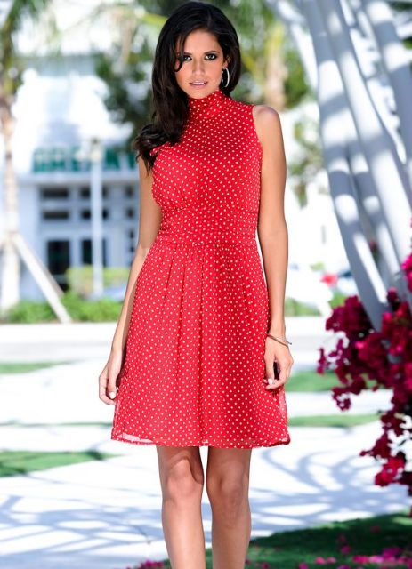 bbd021b31 63 Looks Incríveis com Vestido de Bolinha / Poá para Ficar na Moda!