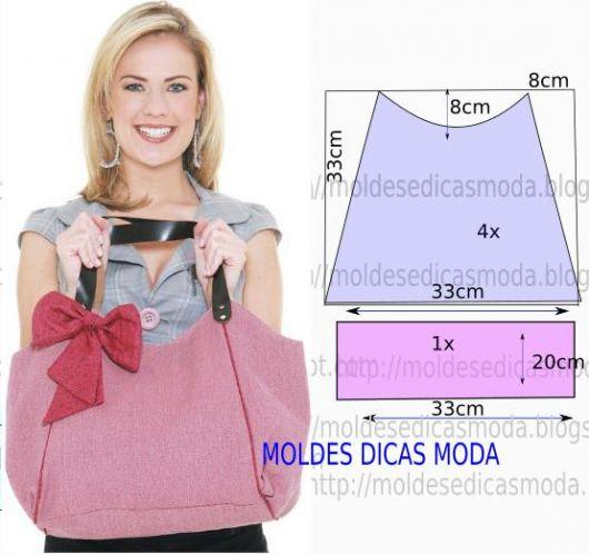 Modelo mostra ilustração com molde de bolsa rosa com alça de couro e detalhe de laço.