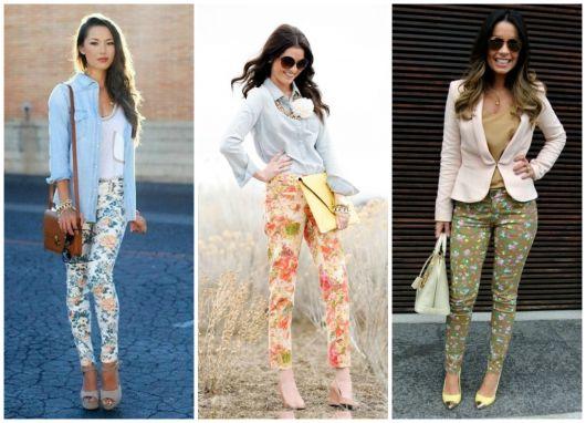Modelos usa calça estampa floral com salto , camisa e blazer.