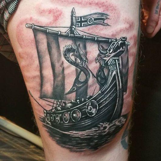 25 Viking Tattoo Designs Ideas: Tatuagem De Barco E Navio: Significado & 20 Ideias