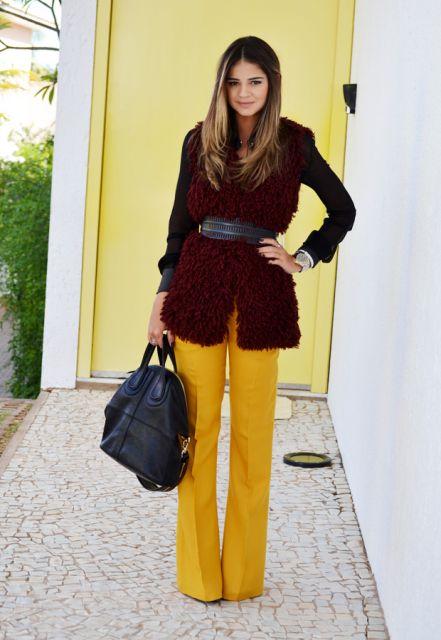 d48e26237 Calça Amarela Feminina – Como Usar & 42 Dicas de Looks Incríveis!