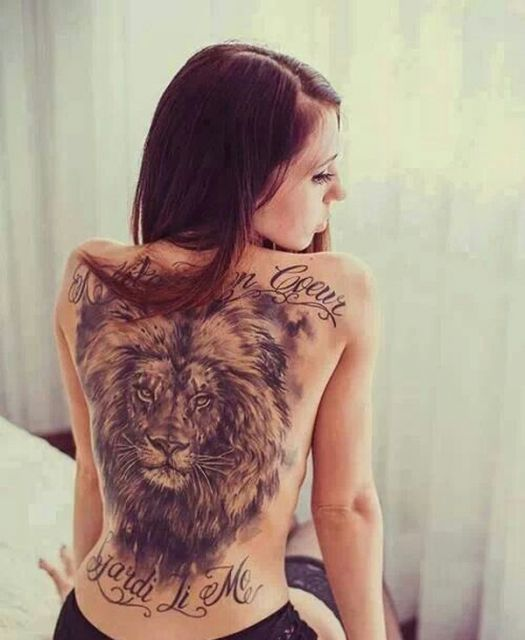 tatuagem feminina nas costas inteira
