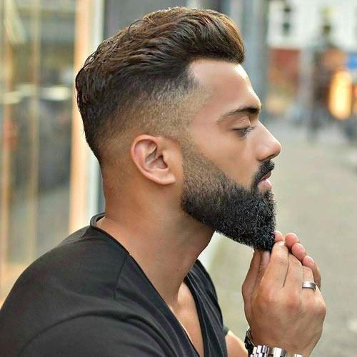 O estilo degradê combinando a barba com o cabelo