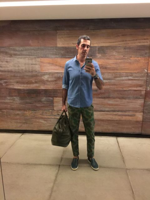 Calça camuflada masculina sarja