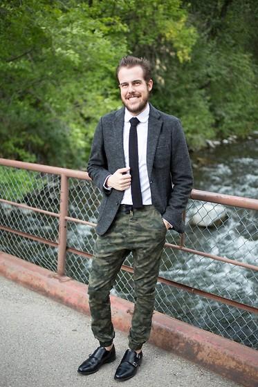 Calça camuflada masculina social