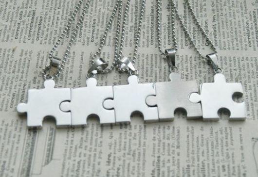 colar quebra-cabeça  5 partes