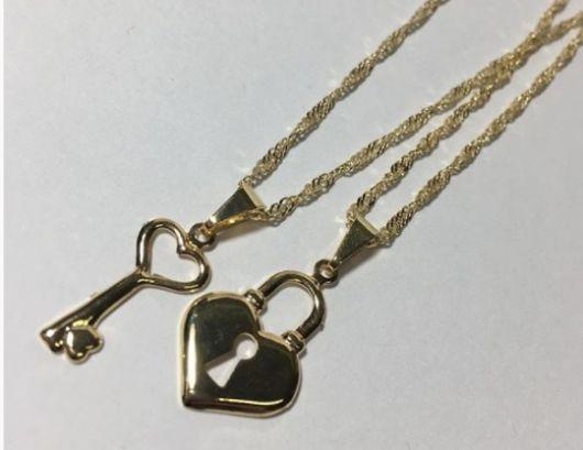 colar coração e chave