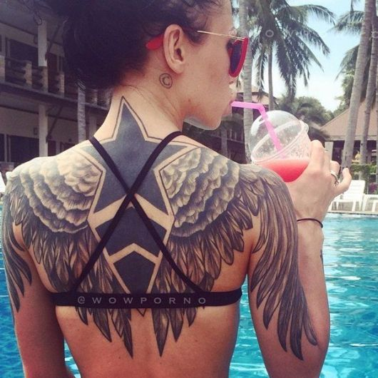 Tatuagem Feminina Nas Costas 100 Incríveis Inspirações