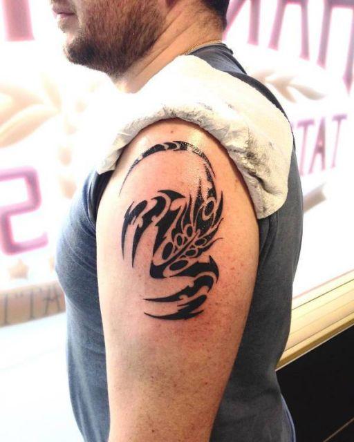 tatuagem tribal pequena