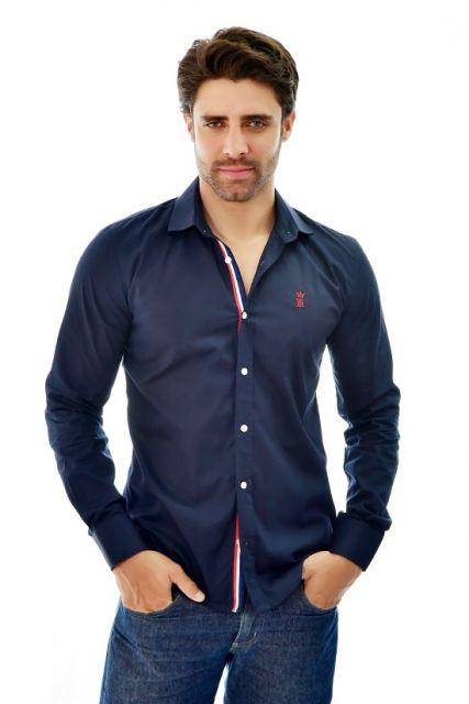 a7136a3a75e26 Você pode comprar camisa social masculina tanto nos sites oficiais das  marcas quanto em lojas como a Dafiti, Shop2Gheter, Kanui, Americanas,  Dorinhos, ...