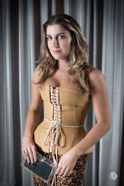 look com corselet nude
