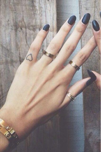tatuagem dedinho