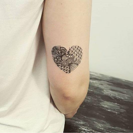 tatuagem coração moderno