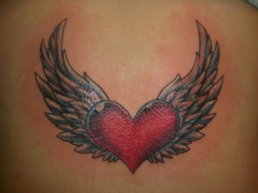 tatuagem coração vermelho