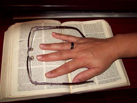 anel de coco na religiao