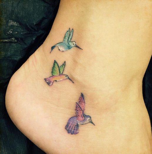 tatuagem ave pé
