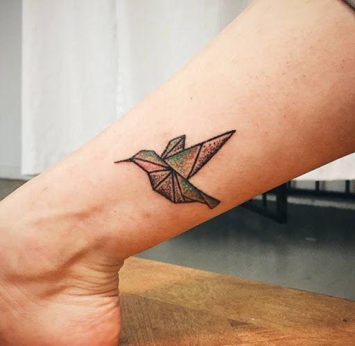 tatuagem de beija flor significados e 57 ideias incr veis para a nova tattoo. Black Bedroom Furniture Sets. Home Design Ideas