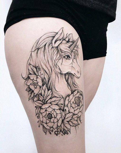 71 Ideias Lindas De Tatuagem Feminina Na Coxa Principais