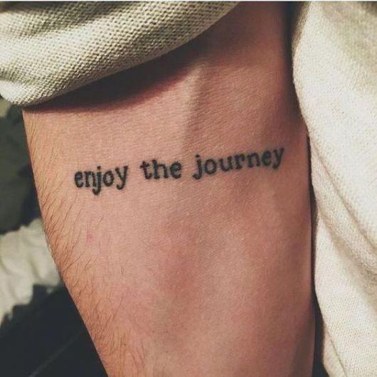 tatuagem frase pequena