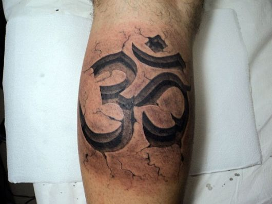 tatuagem OM