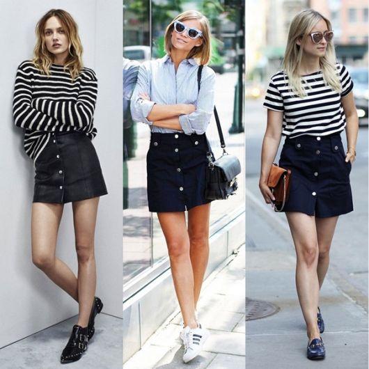 Modelos usam saia jeans de botão, blusa casual com listras, tenis e bolsa.