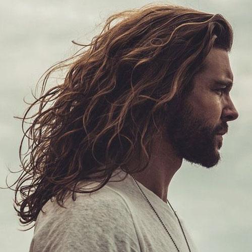 cabelo grande masculino ondulado