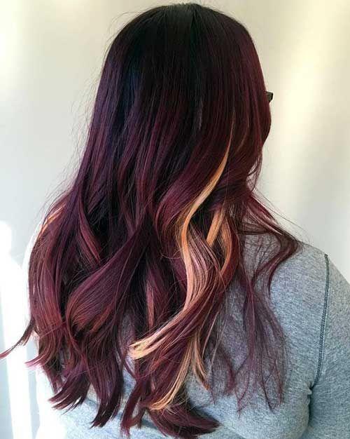 cabelo vermelho com mechas loiras