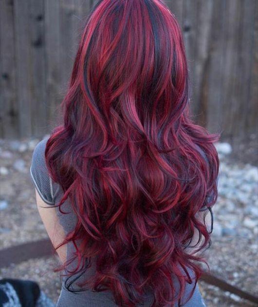 cabelo vermelho com mechas