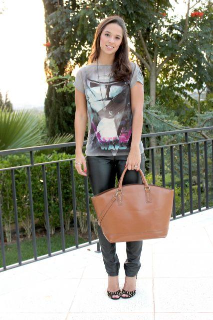 camiseta star wars feminina com bolsa e calça de couro