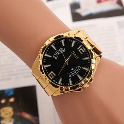 05535cf1fe9 Relógio Masculino Dourado – 80 Modelos Épicos   Looks que Combinam!