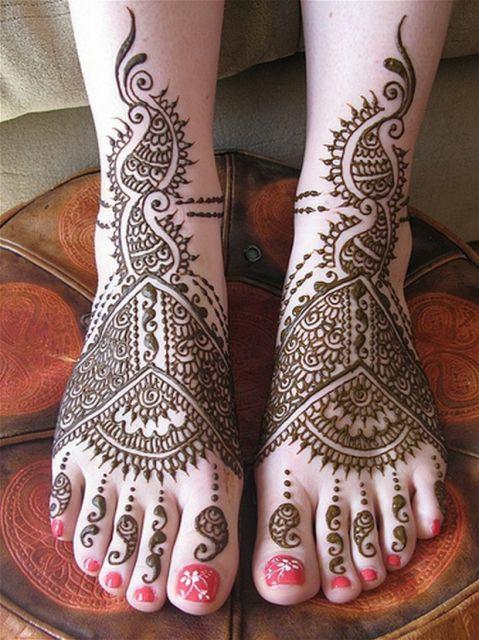tatuagem indiana no pé