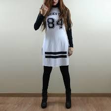 camisetas femininas longline com meia calça