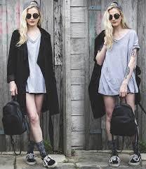 camisetas femininas oversize com casaco