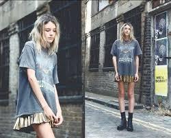 camisetas femininas cinza oversize